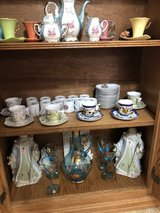 antique dishes and sets in Vacaville, California