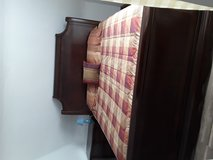 King size bedroom Set in Baumholder, GE