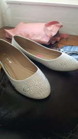 womens blingy flats in 29 Palms, California