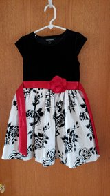 girls holiday dress black roses red sz.6 in Shorewood, Illinois