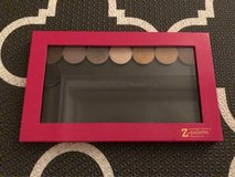 Z-Palette Large in Hot Pink w/ 8 Shadows in Okinawa, Japan