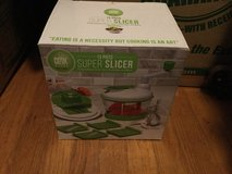 New Super slicer hand powered kitchen tool NEW in box in Camp Lejeune, North Carolina