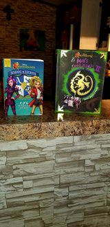 REDUCED Disney Descendants 2 in Leesville, Louisiana