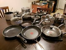 POTS AND PANS ALMOST FREE in Fort Gordon, Georgia