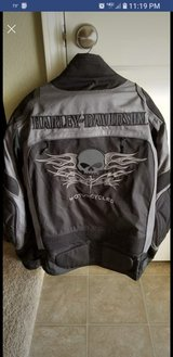 Harley Davidson jacket Large in Fort Leonard Wood, Missouri