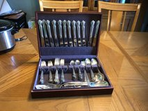 Silver cutlery set w/case in Tinley Park, Illinois
