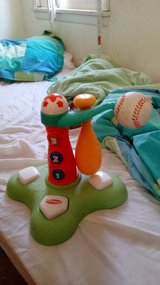 Good condition Toddler fisher price baseball toy in Alamogordo, New Mexico