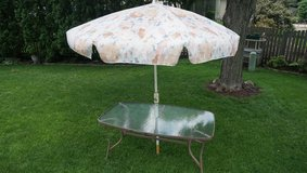 Patio Table and Umbrella in Chicago, Illinois