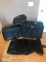 American Tourister Luggage (4) Pieces in Chicago, Illinois