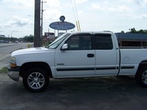 CHEVY SILVERADO K1500 4X4 AUTO ICE COLD AIR LOW MILES~REDUCED~ in Camp Lejeune, North Carolina