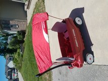Radio flyer wagon with canopy for shade in Fort Leonard Wood, Missouri