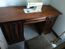 Sewing table/crafting table in Goldsboro, North Carolina