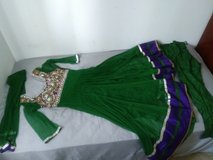 Indian dress for parties in Bartlett, Illinois