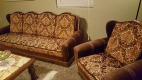 Antique Couch & Chairs in Alamogordo, New Mexico
