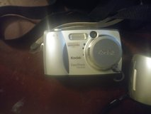 Kodak EasyShare DX4330 3MP Digital Camera w/3x Optical Zoom in Fort Campbell, Kentucky