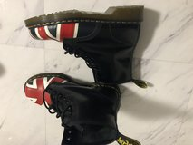 Sz  9.5-10 union Jack ???? Dr Martens in Okinawa, Japan