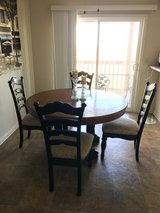 4 piece dining set w/extension + 2 additonal chairs - $250 in Camp Pendleton, California