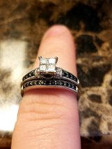 Wedding and engagement rings in Nellis AFB, Nevada