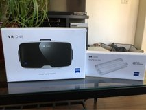 Zeiss VR One headset w/iPhone 6 tray in Vacaville, California