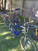 Group of old bikes...for parts/repairs in Yorkville, Illinois