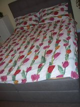 Duvet Covers for a Bed Comforter & Pillows in Mannheim, GE