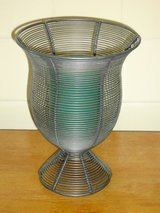wire candleholder in Glendale Heights, Illinois