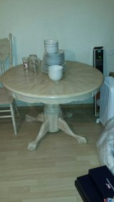 Oak Kitchen Table and 4 Chairs in Ramstein, Germany