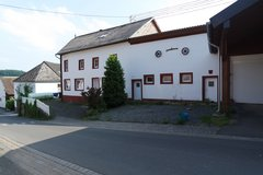 spacious renovated farm house 15 mins from base in Sefferweich in Spangdahlem, Germany