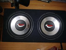 2) 12 inch renagade subwoofers with box in Camp Pendleton, California