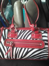 Red Leopard print purse..Excellent condition in Hopkinsville, Kentucky