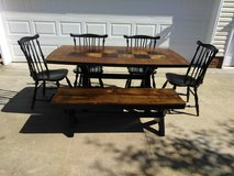 Farmhouse Style Table w 4 Chairs Bench in Fort Campbell, Kentucky