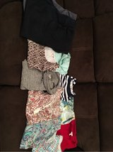 woman's clothes in Glendale Heights, Illinois