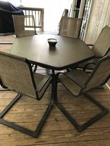 6 seat patio set in Fort Campbell, Kentucky