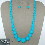 BLUE BEADED SET- NEW in Pearland, Texas