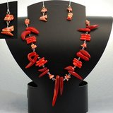 RED NECKLACE SET-NEW in Bellaire, Texas
