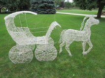 Horse & Carriage Holiday Display in Joliet, Illinois