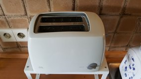 220 V, AEG Toaster clean and good condition in Ramstein, Germany