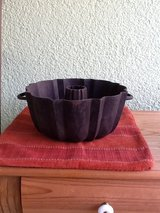 Cast Iron Bundt Pan with Handles - 2 in Ramstein, Germany
