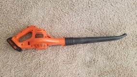 BLACK+DECKER LSW221 20V MAX Lithium CORDLESS Sweeper in Alamogordo, New Mexico