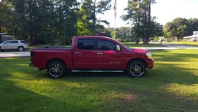 2008 Nissan Titan LE Crew Cab in Fort Polk, Louisiana