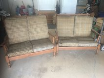 Antique couch set in Fort Leonard Wood, Missouri