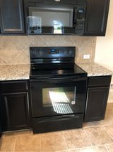 BRAND NEW Whirlpool Kitchen Appliances in Fort Hood, Texas