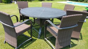 Patio dining set.   Reduced !!! in Wilmington, North Carolina