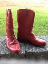 Red Justin Ropers Women's Size 6B in Ramstein, Germany