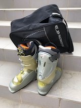 Women's Ski Boots w/ Bag in Wiesbaden, GE