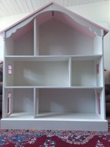 Dollhouse / Bookshelf in Beaufort, South Carolina