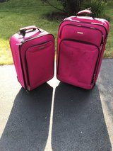 Luggage 2 piece set in Aurora, Illinois