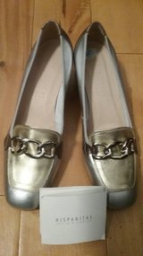 New Silver Gold Bronze Hispanitas Womens Court Shoes in Los Angeles, California