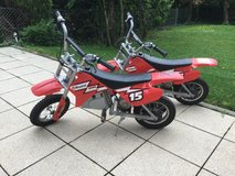 2 Razor MX400 Electric Dirtbikes USED in Stuttgart, GE