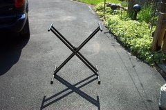HEAVY DUTY KEYBOARD STAND in St. Charles, Illinois